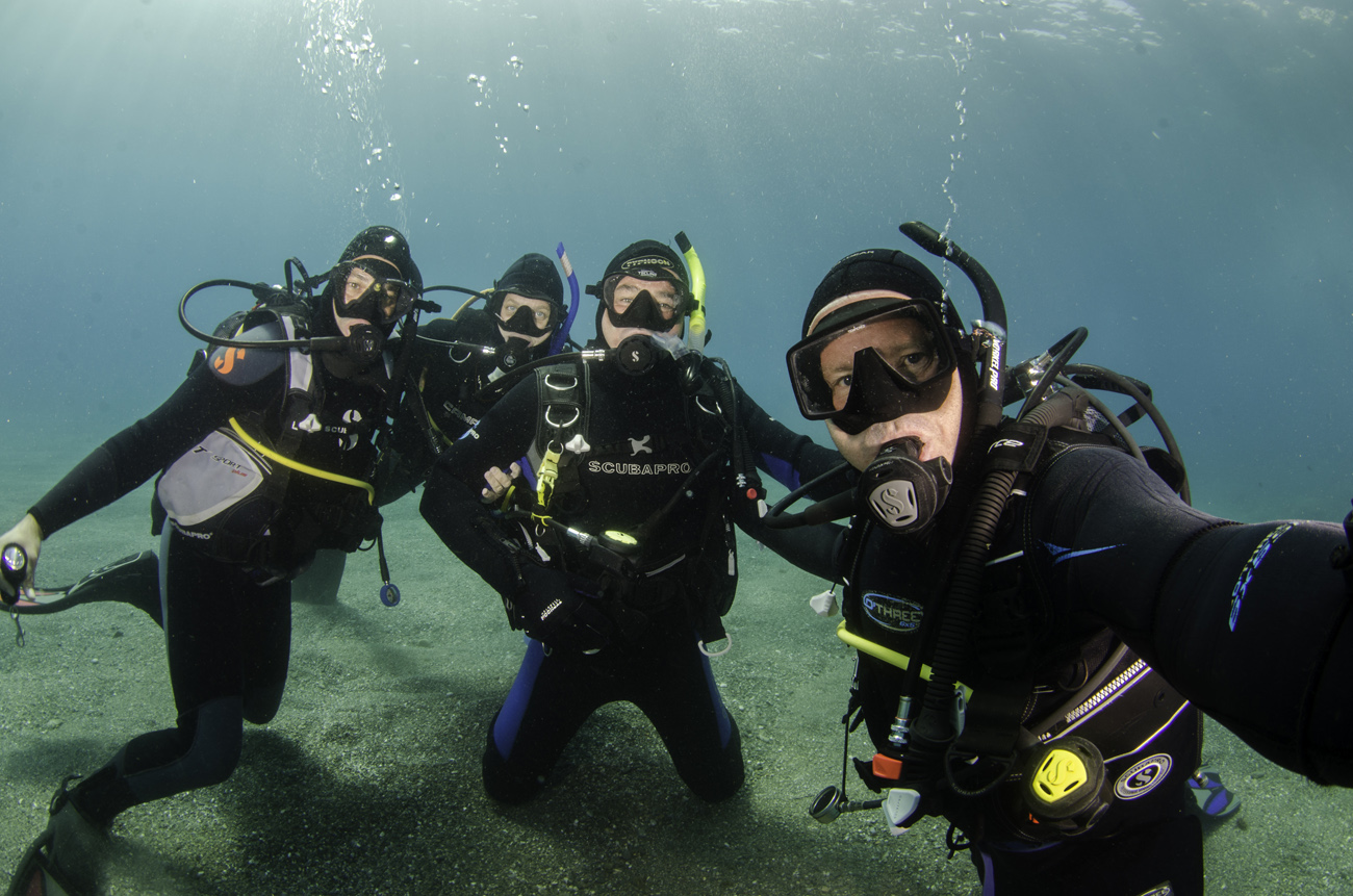 <a href='diving'>PADI Diving Courses</a>